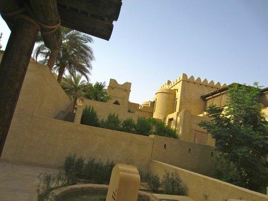 Qasr Al Sarab Desert Resort by Anantara: View of the hotel