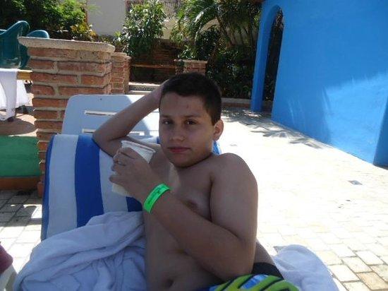 Hotel Playa Mazatlan: Aera de albercas agusto....