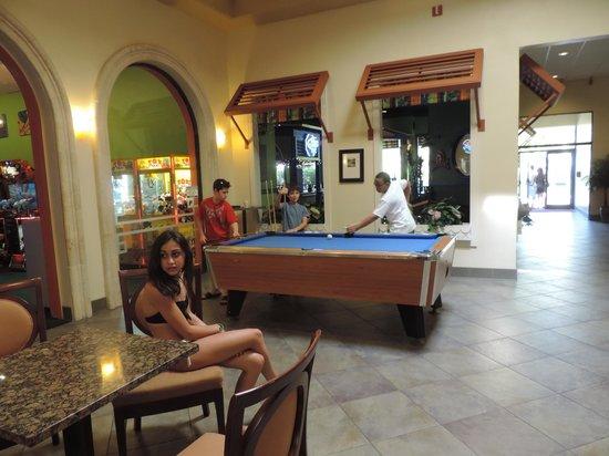 International Palms Resort & Conference Center: Áreas familiares/recreativas
