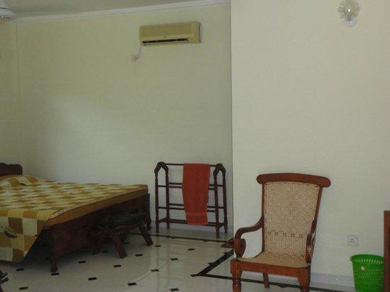 Wadula Hotel & Restaurant: comfortable bed rooms
