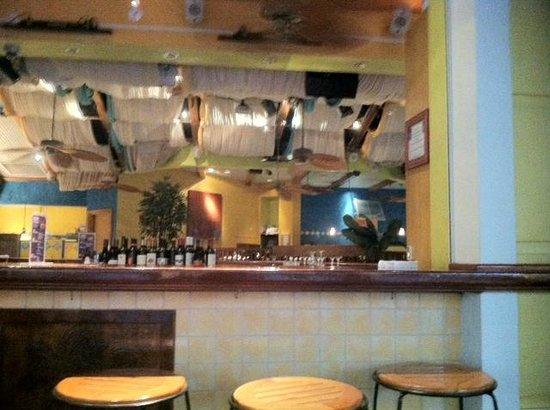 Yabba Island Grill : Outdoor bar