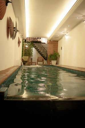 Vintage Eleven Guesthouse: Pool