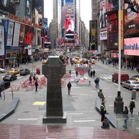 Walkin' Broadway: Time square