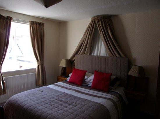 Ferrybridge Hotel: Room at Ferrybridge