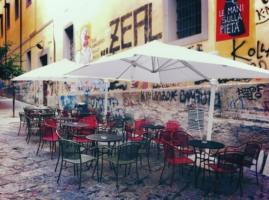 Marano di Napoli, Włochy: Galleria19 Cocktail Bar Esterno