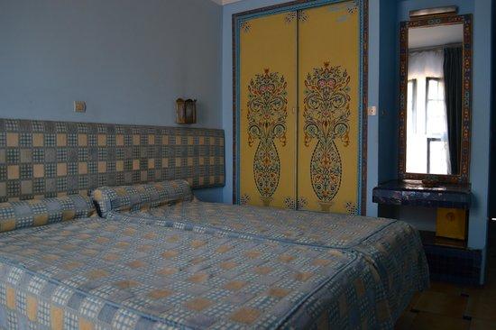 Hotel Batha : Bedroom