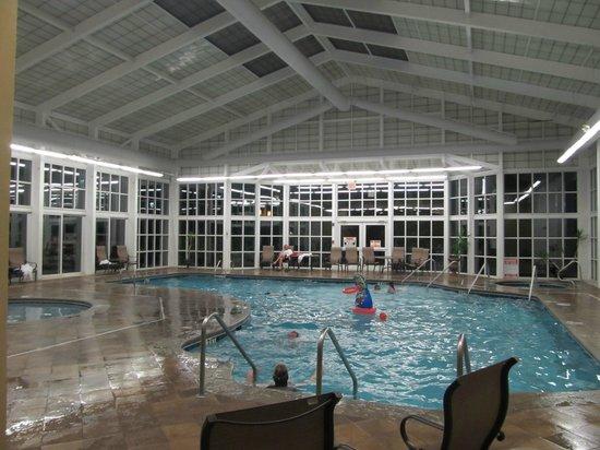 RiverStone Resort & Spa: Indoor pool.