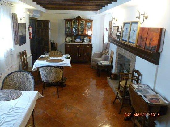 Hotel La Morada de Juan de Vargas: Vista del comedor- estar