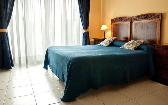 porto ulisse b b. Black Bedroom Furniture Sets. Home Design Ideas