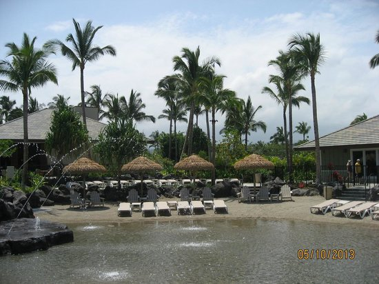 Kings' Land by Hilton Grand Vacations: Small beach area inside resort