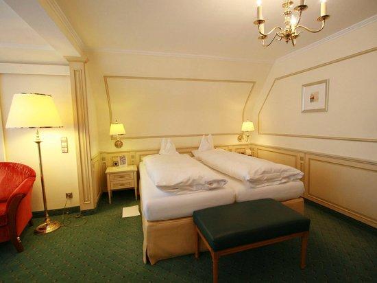 Hotel Reppert : Doppelzimmer Zartenbach II