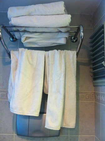 Blue Bay Platinum Hotel: badkamer NA schoonmaken