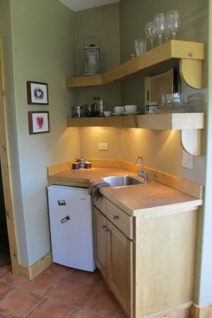 Manana Guest House : Kitchenette