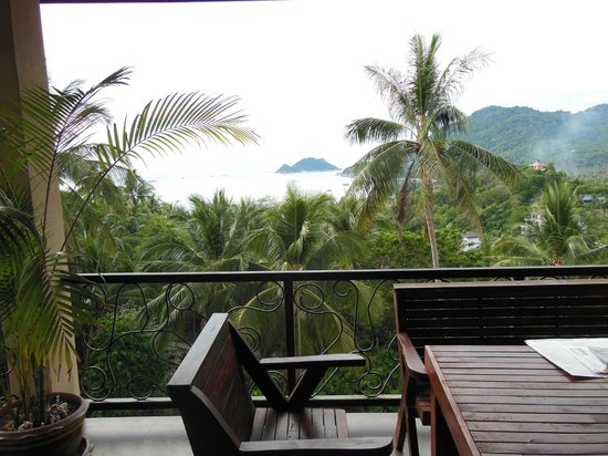 Koh Tao Heights Exclusive Apartments: Balcony