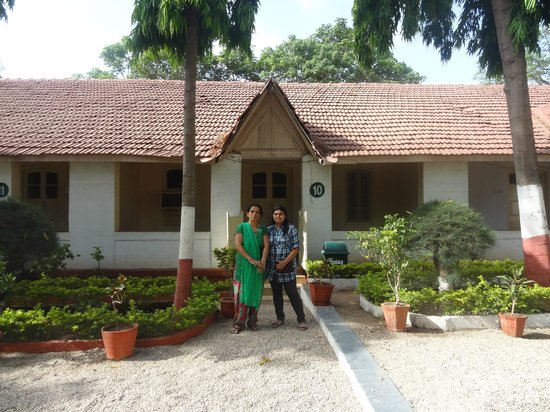 Sinh Sadan Guest House: I stayed at this room.