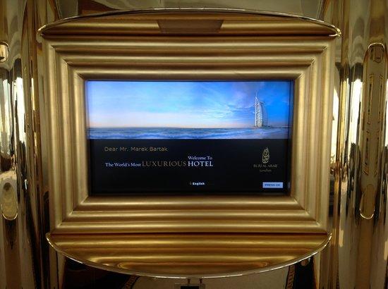 Burj Al Arab Jumeirah : TV.