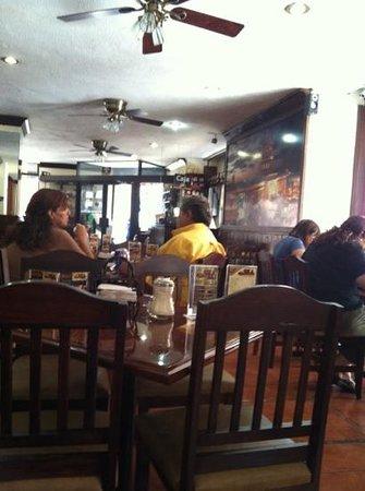 Cafe la Habana: Interior