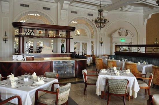 Hotel Phoenicia: La salle à manger