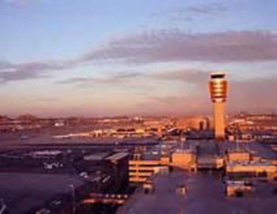 Baymont Inn & Suites Mesa Near Downtown : Sky Harbor Int'l Airport
