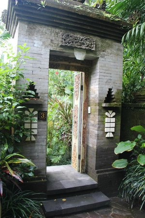 Bidadari Private Villas & Retreat - Ubud: вход в номер