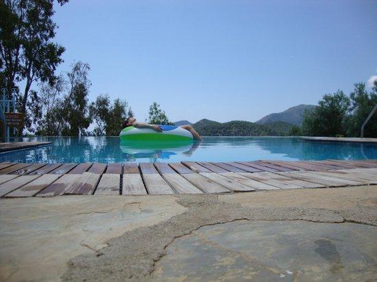 Beyaz Yunus Hotel: The pool