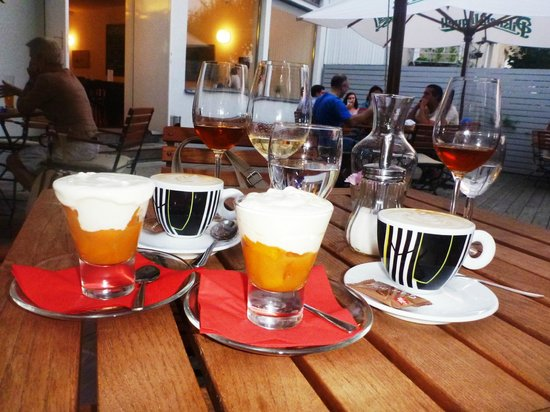 Kavarna Era: finish with an apricot dessert and coffee