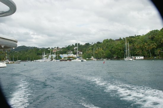 Diamond Waterfalls: sailing back to castries