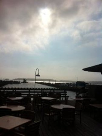 Henlopen Hotel : View at Rusty Rudder Restuarant on a cloudy day