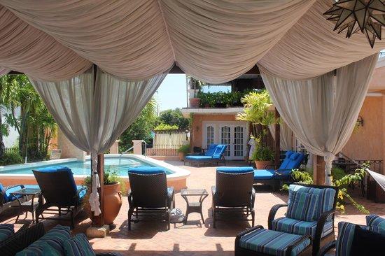 Little Arches Boutique Hotel: Pool Deck