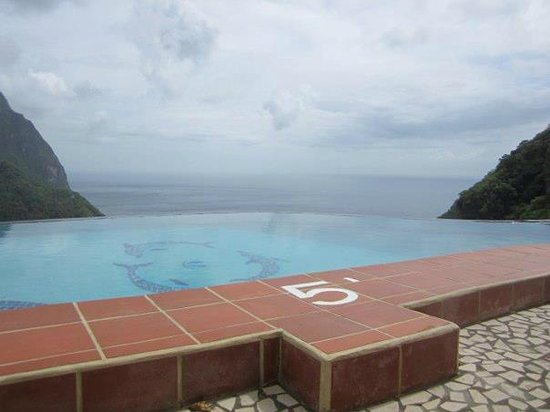 La Haut Resort: Infinity pool