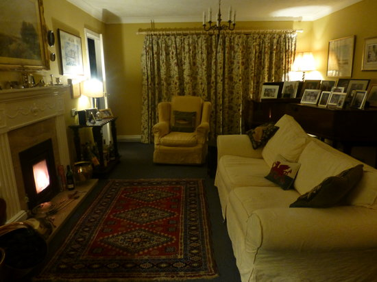 Ty Carreg : Sitting Room