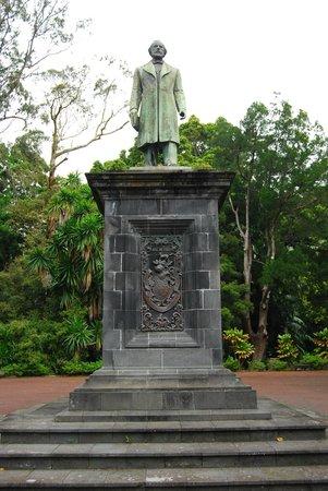 Jardim Jose do Canto: IL MONUMENTO A JOSE DO CANTO