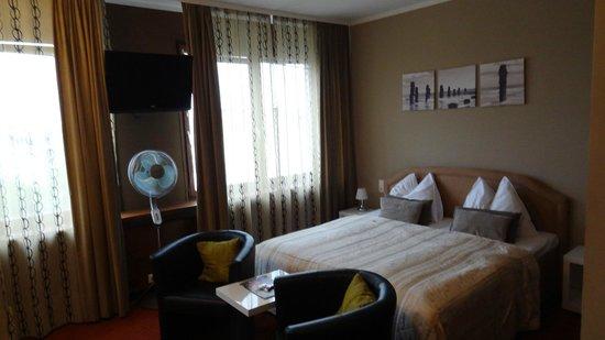 Tea Vienna City Hotel: Bedroom