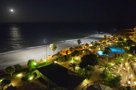 Hotel IPV Palace & Spa: Vistas nocturnas desde la habitación
