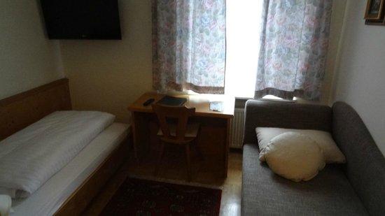 Pension Adlerhof: Bedroom