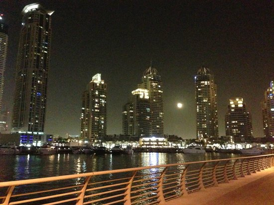 Grosvenor House Dubai: View along the Marina