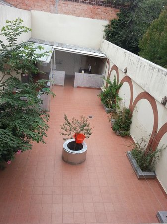 Hotel Andalucia: * PATIO DEL HOTEL