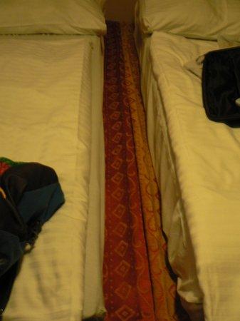 hotel Colloseum : IL LETTO MATRIMONIALE