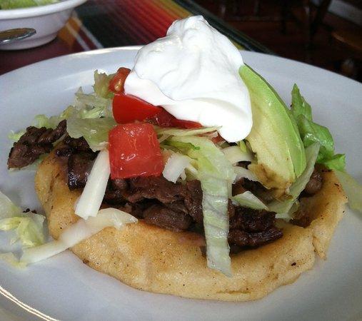 Colotlan Mexican Restaurant: Steak Sope