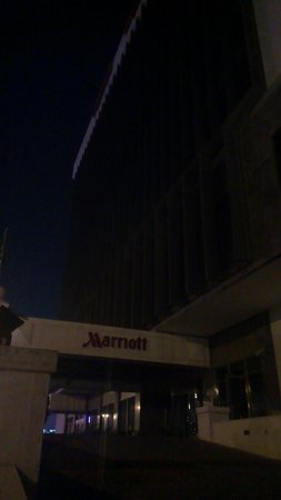 Jeddah Marriott Hotel: Out of electricity