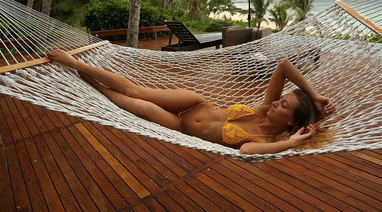 Yasawa Island Resort and Spa : Lomalagi suit hammock