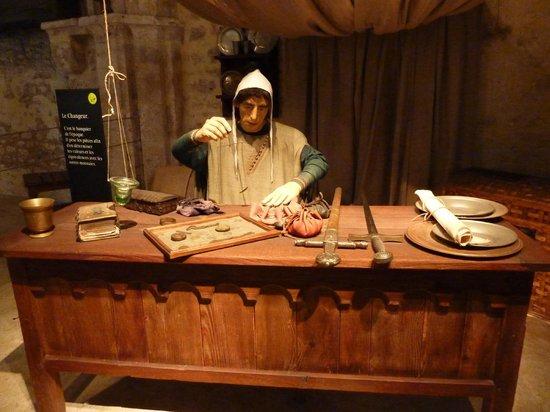 La Grange aux Dimes: le banquier et son trébuchet