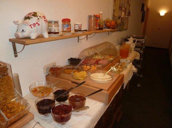 Haus Acksteiner: More breakfast buffet