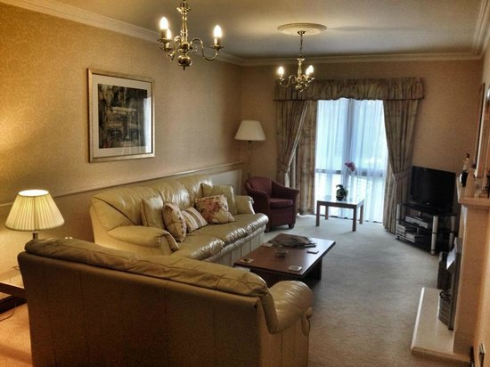 The Parkway Hotel Spa Living Room Area Of Brecon Suite