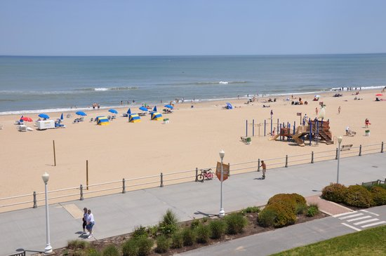 Hampton Inn Virginia Beach-Oceanfront South: ocean front view