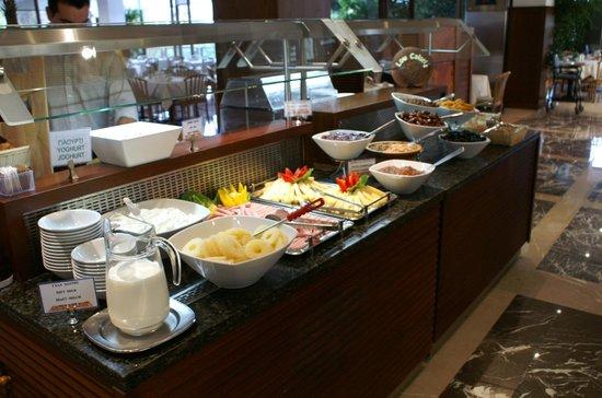 Kontokali Bay Resort and Spa : petit dejeuner grandiose