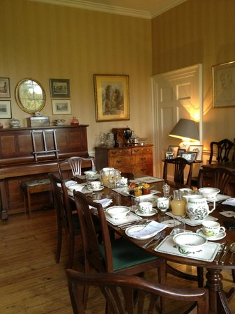 9 Princes Buildings: Dining Room