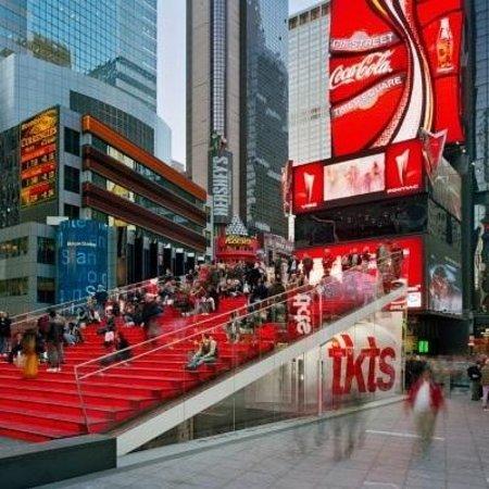 Walkin' Broadway: Pic