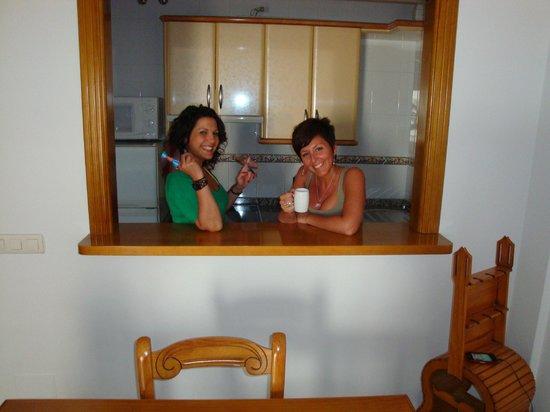 Barra americana del sal n fotograf a de apartamentos - Barras americanas para salon ...