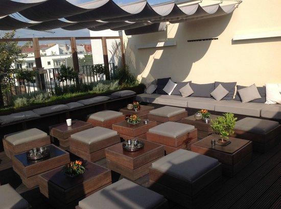 Hotel AMANO: Terrasse
